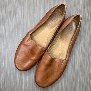 Chocolat Blu Alexa Brown Loafer Flats